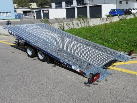 Plateau voiture - 2'330 kg de charge utile